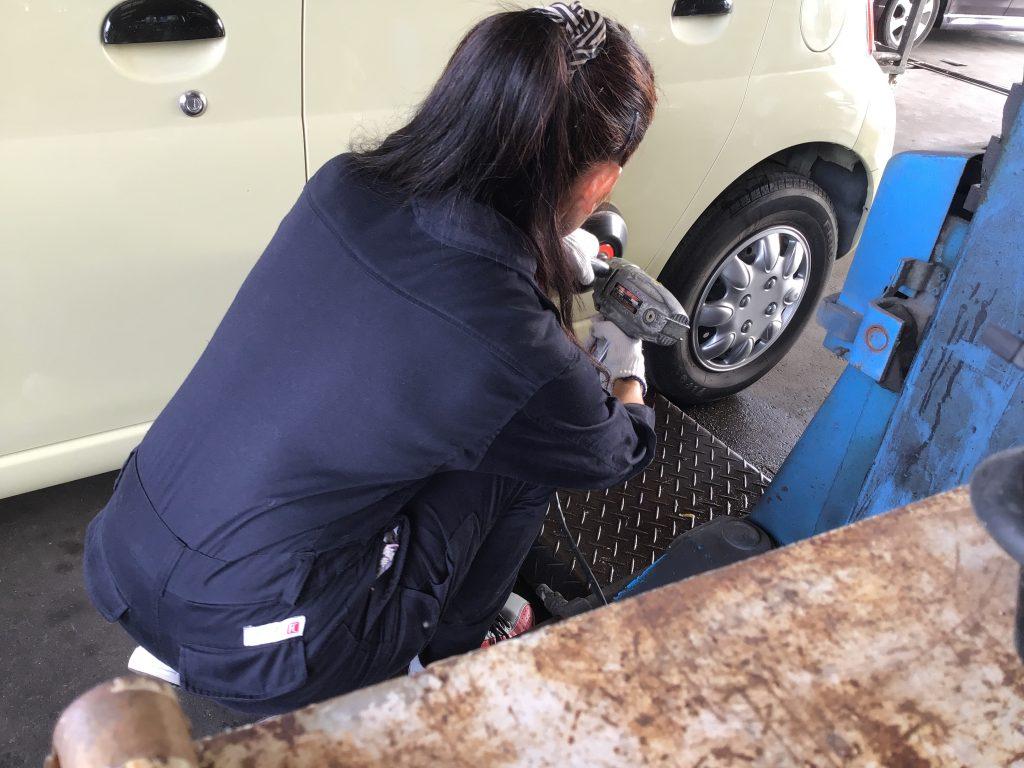 ポリッシャーを使った車磨き